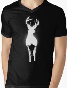 The Patronus wil protect you Mens V-Neck T-Shirt