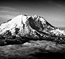 Mount Rainier by NordicBuckeye