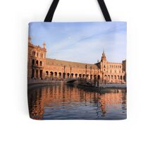 Plaza de Espana pond Tote Bag