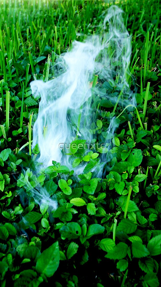 Smoke bomb Original by queenxtc
