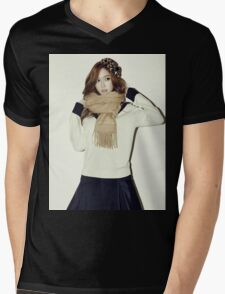 GIRLS' GENERATION - Jessica Jung - Blanc & Eclare - Full Color Mens V-Neck T-Shirt