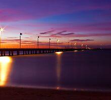 Frankston Pier - Sunset by Ben  Cadwallader
