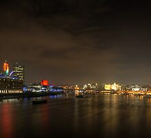 Colours of London II by Robert Schulz