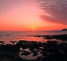 Treyarnon Sunset - Cornwall by Daniel Warner-Meanwell