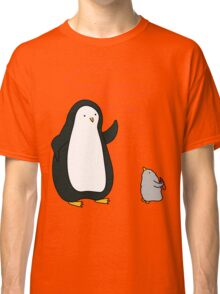 Little Penguin Likes to Draw! Classic T-Shirt