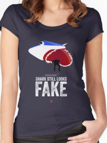 Cinema Obscura Series - Back to the future - Jaws Shark Women's Fitted Scoop T-Shirt