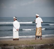 Surf Patrol - Canggu  by wellman