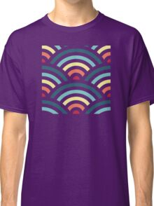 rainbowaves (dark) Classic T-Shirt