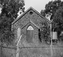bush church,monochrome by fazza