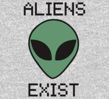 Aliens Exist by mafaldamaria