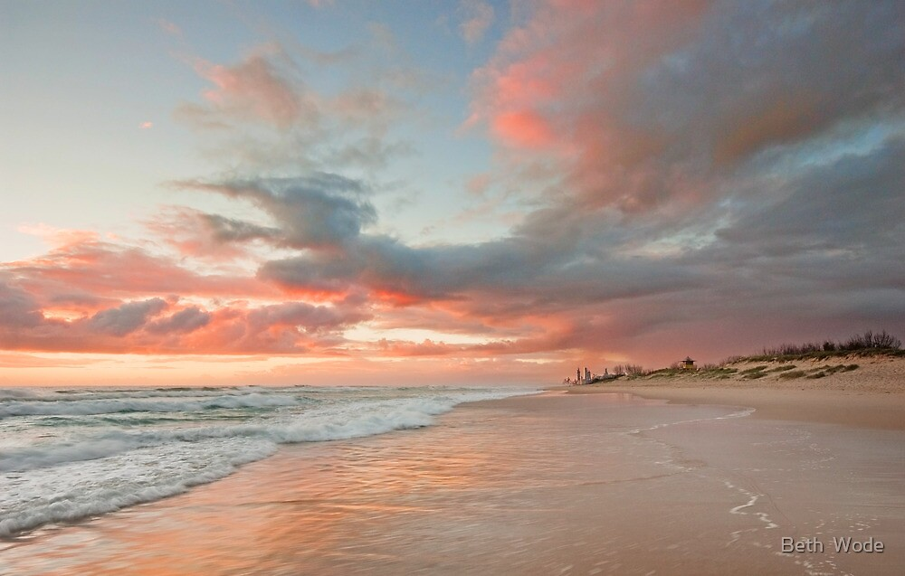 Daybreak on the Spit - Gold Coast Qld by Beth  Wode