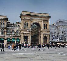 Piazza Duomo, Milano by Andrea Rapisarda