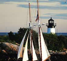 Thomas E. Lannon sails past Ten Pound Island Light by Steve Borichevsky