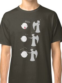 boo vs Weeping angel ! don't blink! Classic T-Shirt