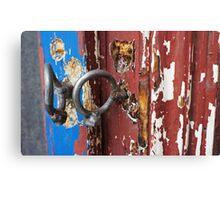 Bent padlock hoops Canvas Print