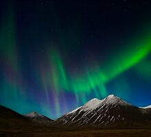 Aurora in Iceland. by RonniHauks