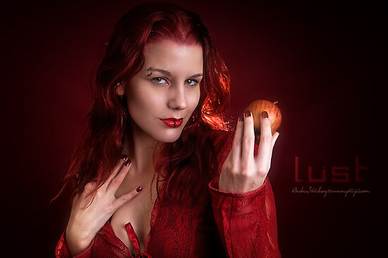 In the mood for an apple.. by Moijra