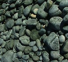 Cobbles and pebbles 2, Bluff NZ by orkology