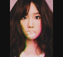 KIM TAE-YEON - GIRLS' GENERATION - KPOP IDOL - DIGITAL EDIT Unisex T-Shirt