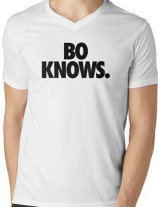 BO KNOWS. Mens V-Neck T-Shirt