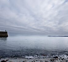 Harbour Wall by mudd-photo