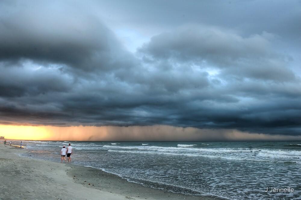 Storm Cell by Joe Jennelle
