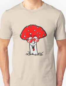 cool glasses Face red spots toadstool toxic comic laugh T-Shirt