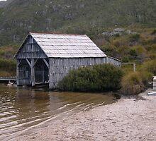 Dove Lake Boat House by SamPoulson