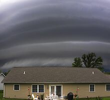 Monster Shelf Cloud by Sean Heslin
