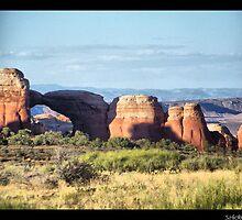 Broken Arch-Utah by SHickman