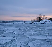 All this ice ... by julie08