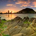 Mount Mauao Amber Dusk by Ken Wright