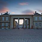 Amalienborg by Bogdan Ciocsan