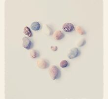 Pebble Heart by mariakallin