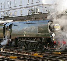 Tangmere leaving victoria station, London by Keith Larby