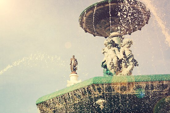 Fountain in the square Dom Pedro IV, Lisbon by MickP