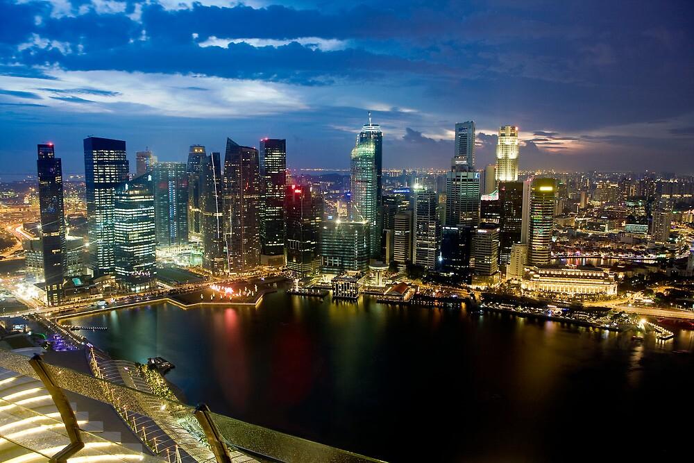 Singapore, 200m up on Skydeck, Marina Bay Sands by Gareth Spiller