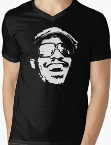 Stevie Wonder new stencil Mens V-Neck T-Shirt