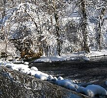 reflection waterfall by naturalgifts