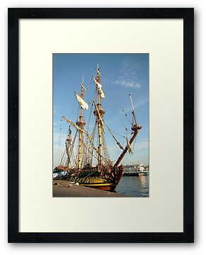 "Tall ship ""frigate Shtandart"" by steppeland"