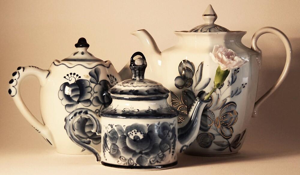 Three Blue Tea pots by Jay Reed