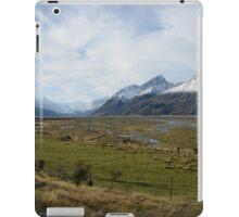 Scenic mountain landscape iPad Case/Skin
