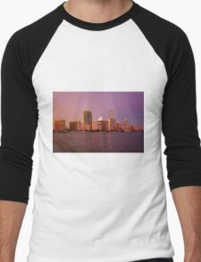 Miami Florida, colourful sunset panorama of downtown business and residential buildings Men's Baseball ¾ T-Shirt
