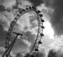 Sentinel Of The Thames: The Eye Of London by Tonberry