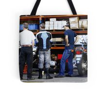 How to change a rear tyre ... Tote Bag