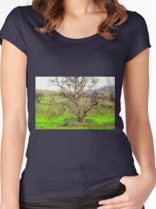 Nest in the tree Women's Fitted Scoop T-Shirt