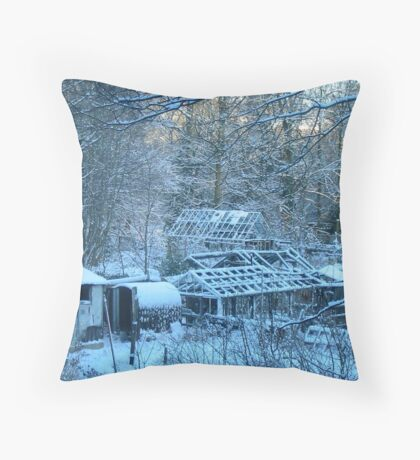 Blue snow over the potting sheds, England Throw Pillow