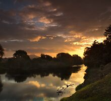 Sunrise on the Severn  by Paul Whittingham