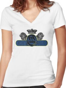 uk london by rogers bros Women's Fitted V-Neck T-Shirt