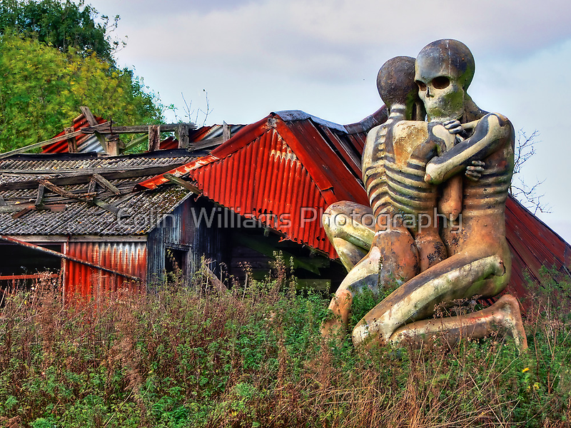 Checkendon Sculpture – The Nuba Embrace - HDR by Colin  Williams Photography